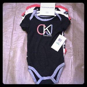 NWT Calvin Klein 4 Pack Newborn Clothes